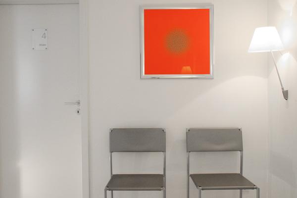 Wartebreich Stühle
